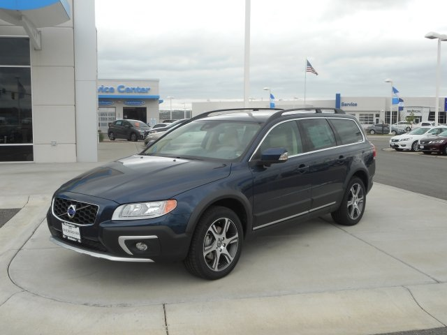 Rebates And Incentives 2015 Volvo Xc70 T6 4d Wagon